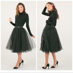 🎉2xHP🎉 Space 46 Boutique Black Midi Tulle Skirt